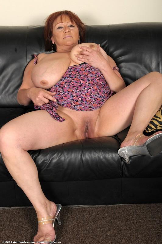 Judys mature ladies club uk
