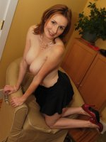 Elli Tickles Her G Spot With Big Glass Toy!