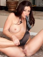 Alicia Silver	33 year old and furry pussied Alicia Silver uses her teeth to strip