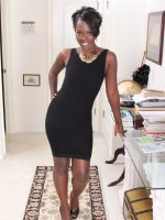 Sayanna MonroeEbony MILF Sayanna Monroe slips off her elegant dress to spread