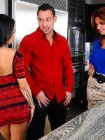 Gulliana AlexisIt's our 6000th scene here at Naughty America and to celebrate we bring you Deauxma
