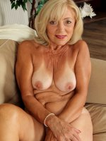 Kamilla	65 year old elegant Kamilla from AllOver30 shows off her hot body