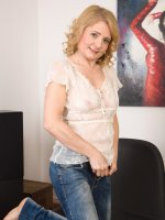 Isabella B - 45 year old Isabelle B from AllOver30 spreads her mature pussy here
