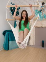 Sophia Delane - Hanging from a hammock 31 year old Sopia Delane rubs her cookie