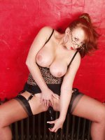 Red XXX - Hot MILF