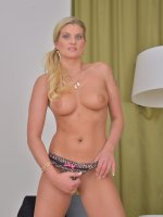 Samantha Snow - Sexy blonde 33 year old Smantha Snow slips out of her denim jeans