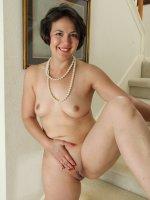 Carlita Johnson - Elegant 33 year old Carlita Jonson sposes her sweetness in here