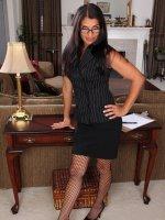Saffron LeBlanc41 year old secretary Saffron LeBlanc breaks to spread her legs