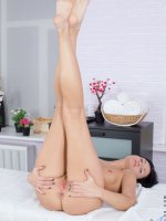 Sandy Rae - Small Boobs, Landing Strip Pussy, Black Hair, Long hair, Masturbation, Mini Skirt, Petite, Natu