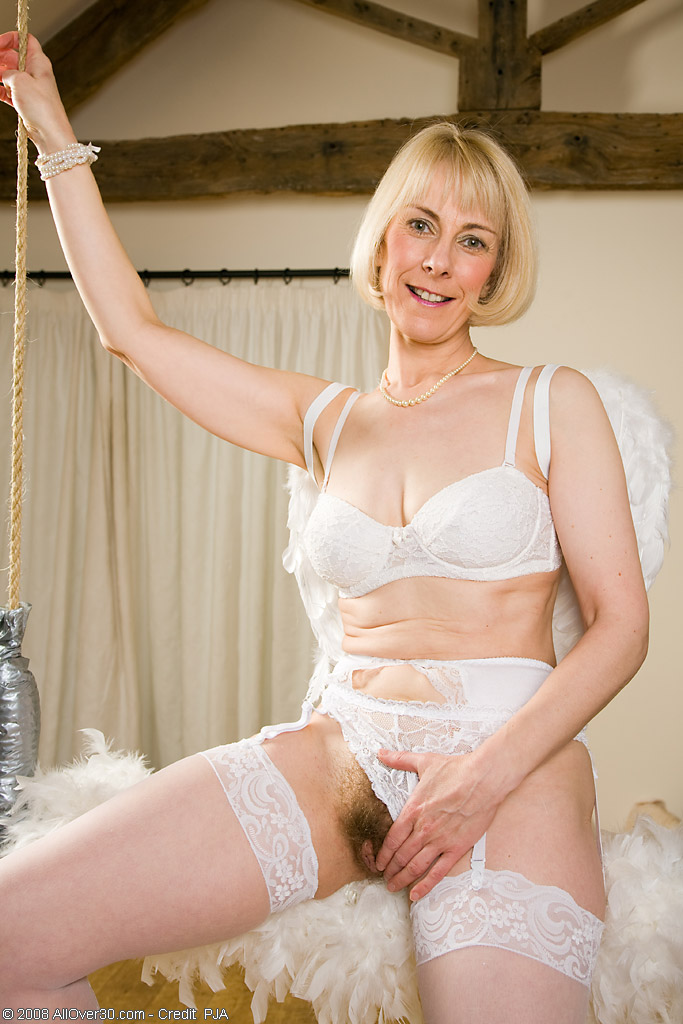 see more pics and hd vids of Hazel and other mature women inside!