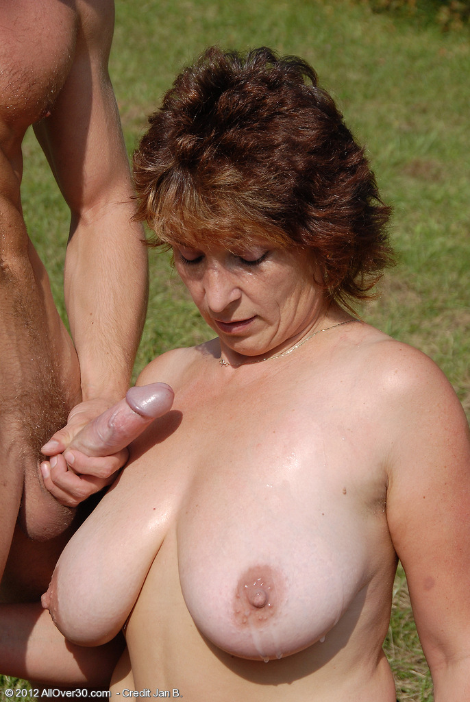 pics moms over 30 fucking