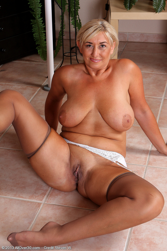 Slap and gorgeous busty milf fucks own