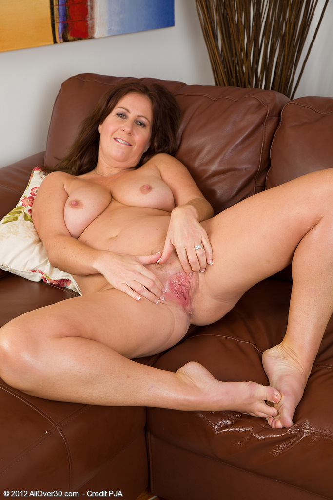 Really. All Nude mom shows all