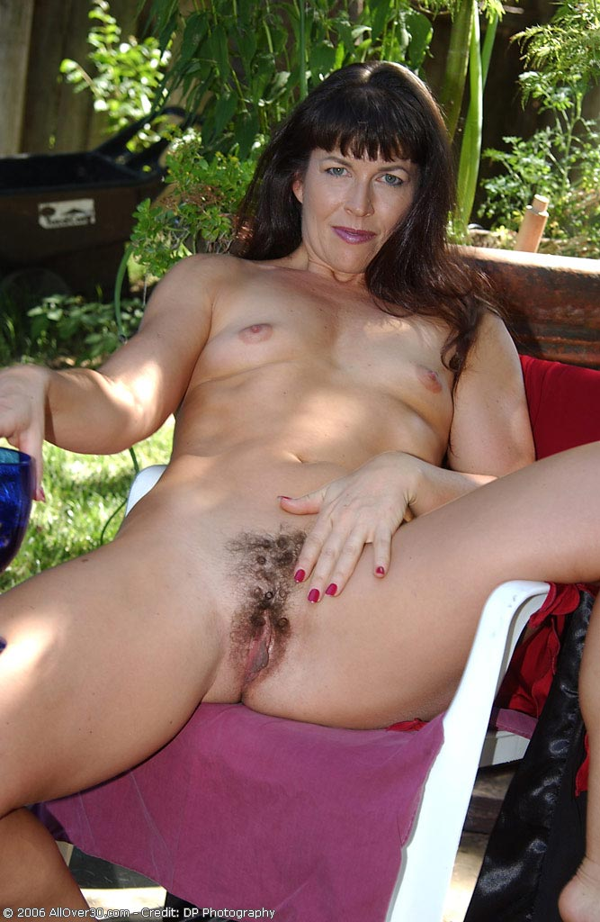 Andie mature hairy pussy