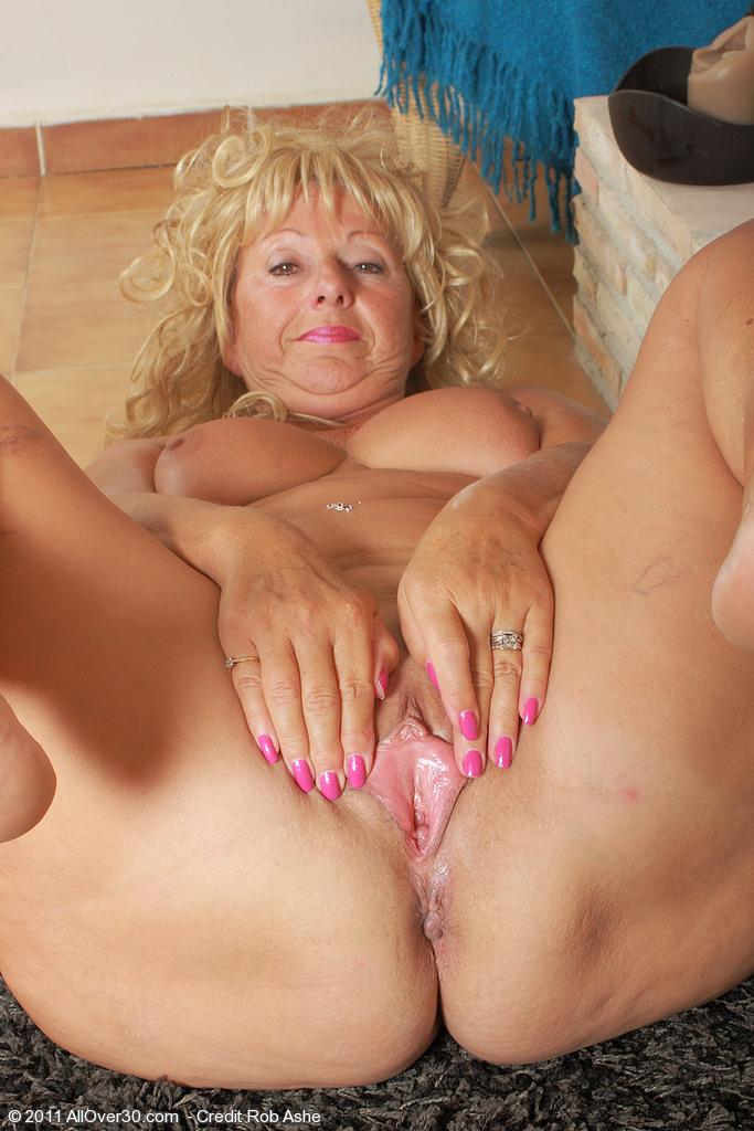 Big boob lap dance