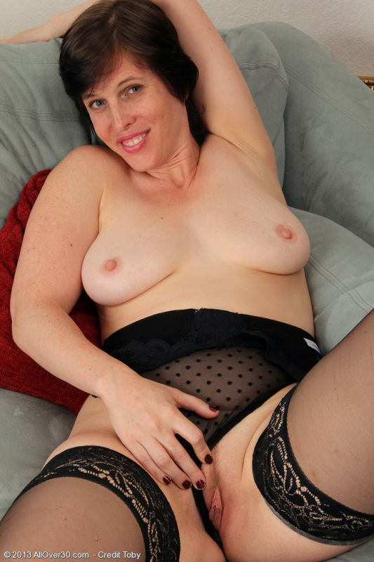 Free Mature Sex Galleries at MAGIC MATURES High Quality