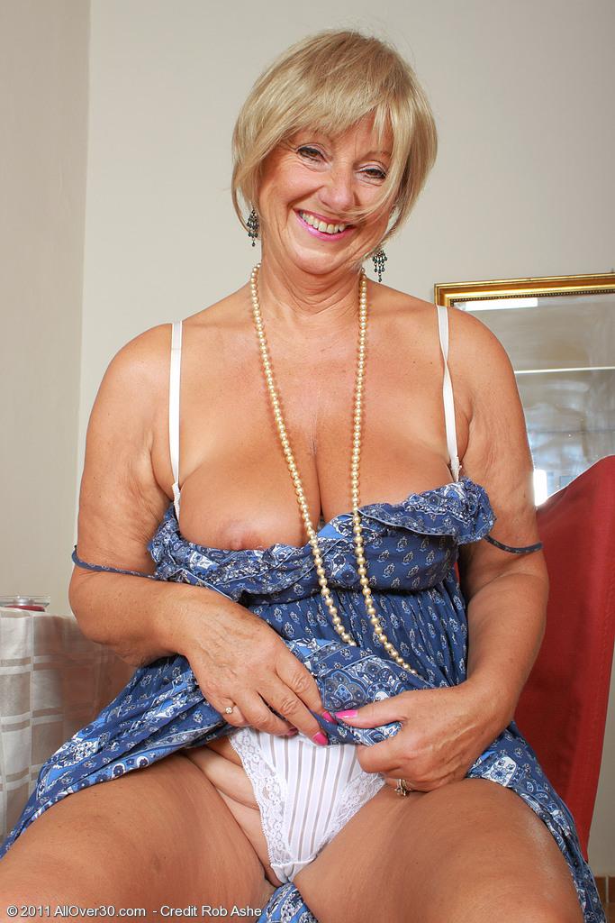 62 yr old mature still throating bbcs - 1 7