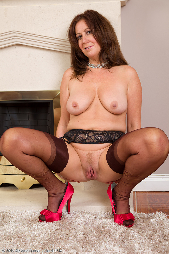 image French milf chloe will amaze you with her hairy muff