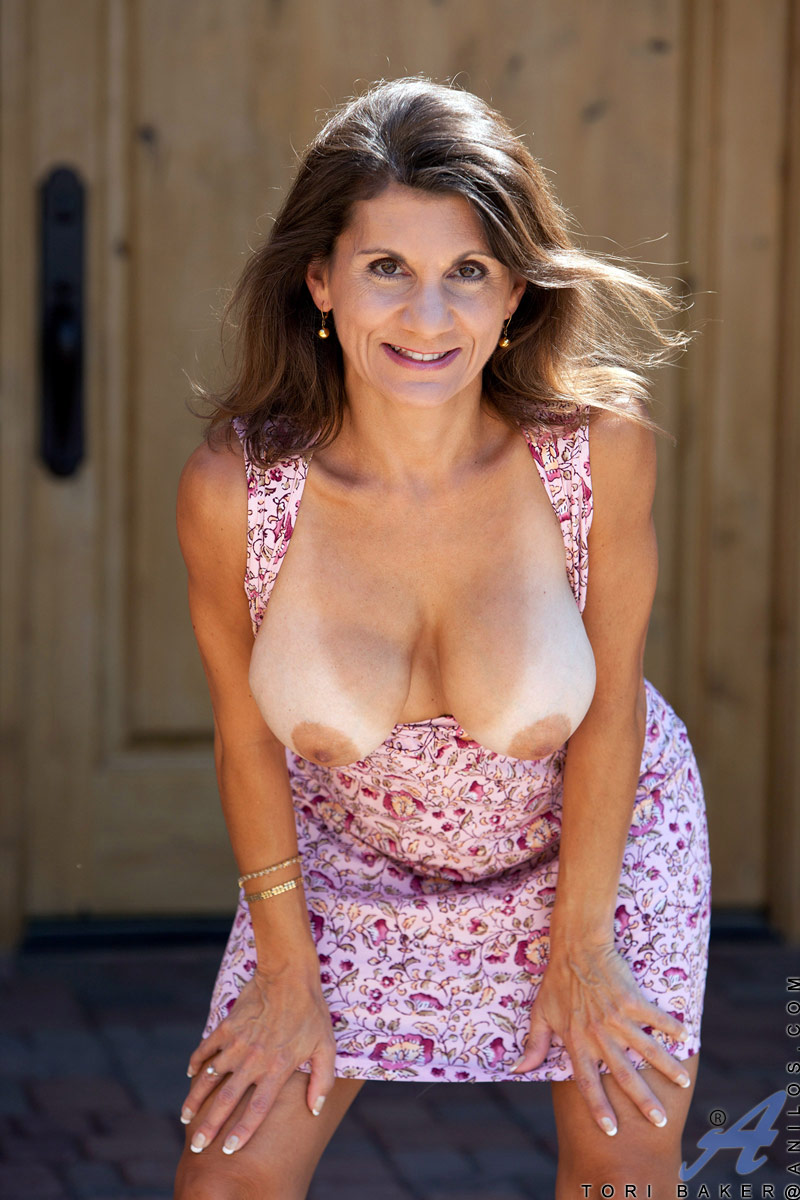 Boob mature mom showing