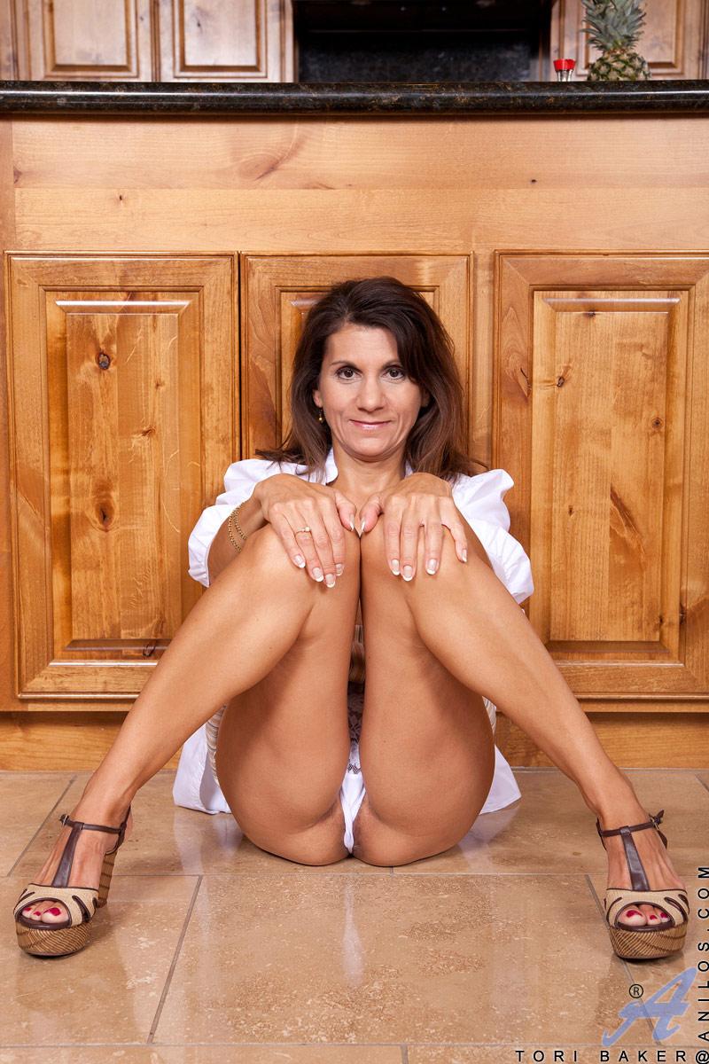 Tori baker nude