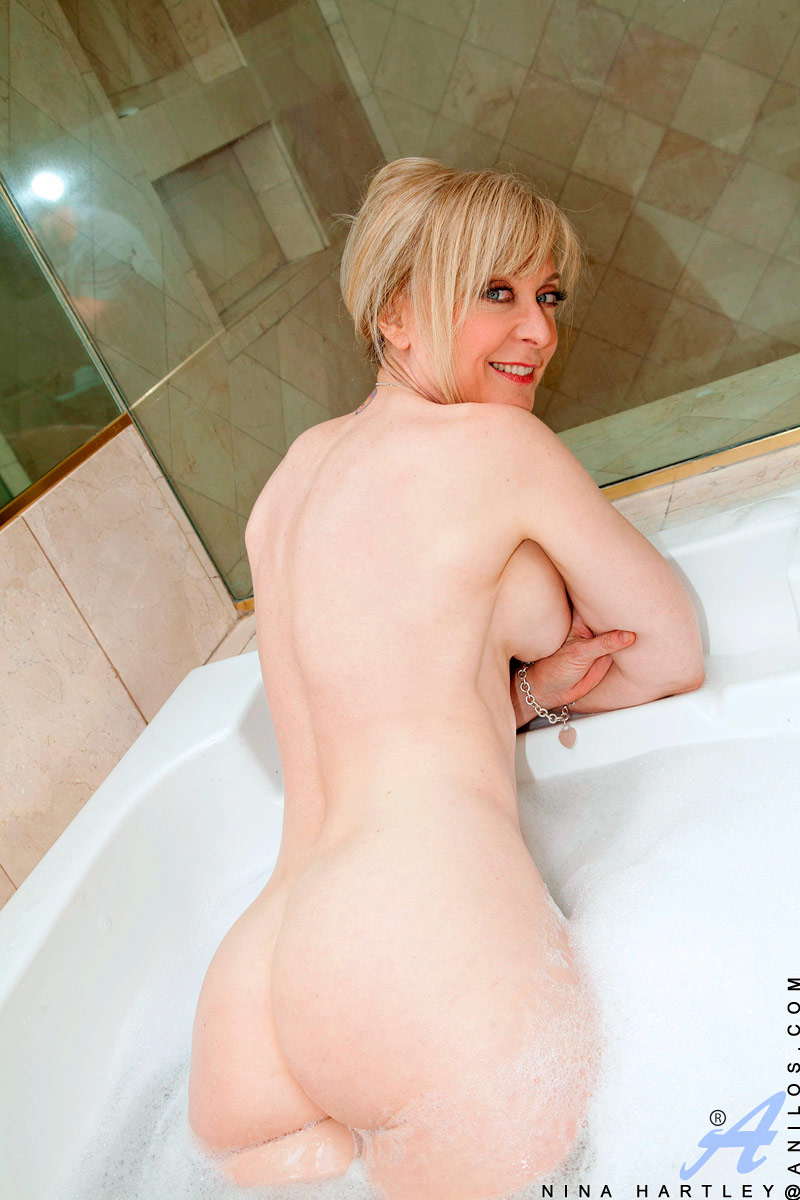 Nina Hartley Mature Porn