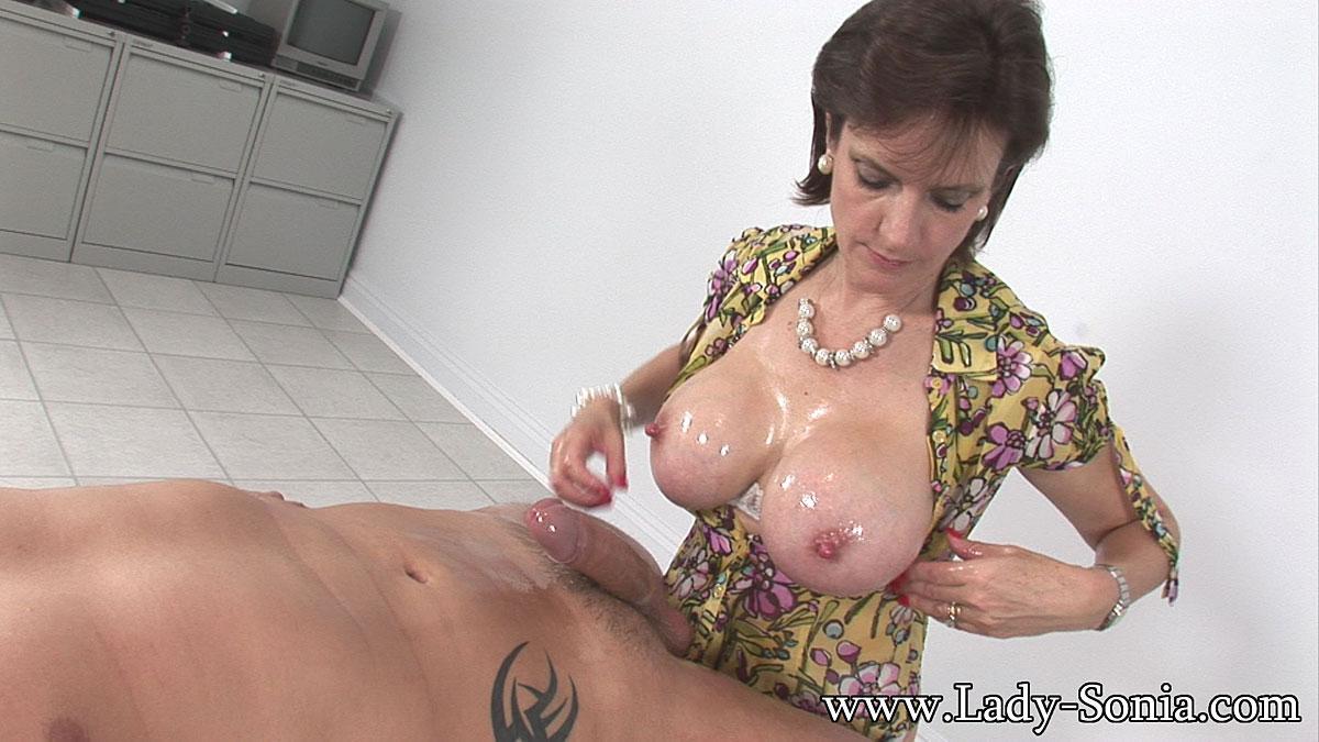 handjob lady sonia