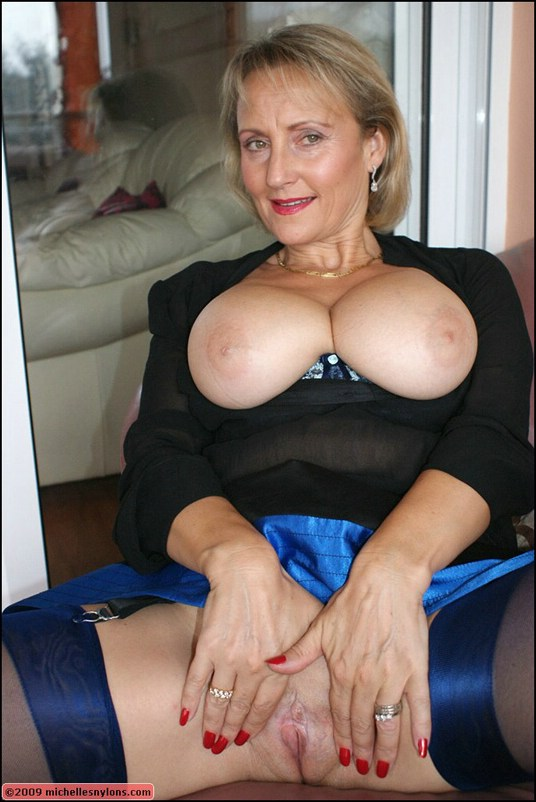 Webcams 2015 milf with l cups 3 9