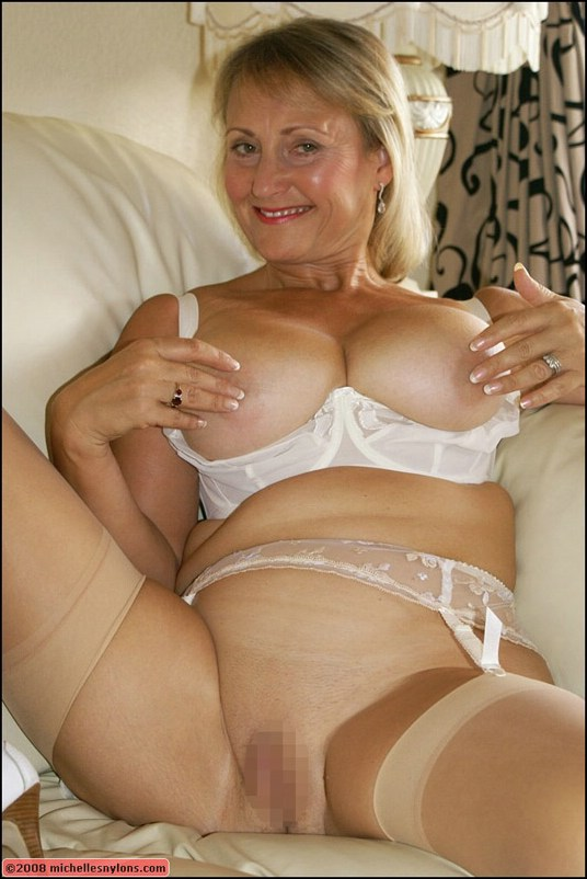see more pics and hd vids of michelle and other mature women inside