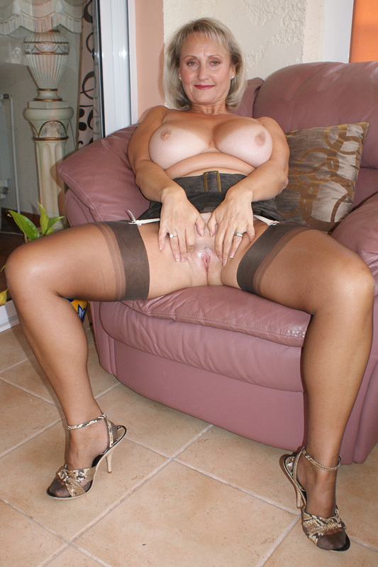 nylons mature slut Michelles