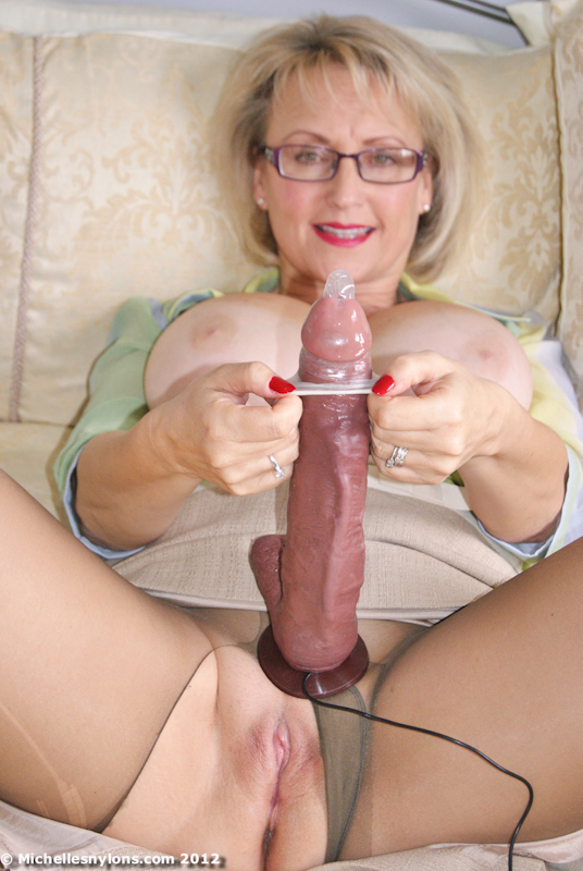 Mature blonde milf michelle
