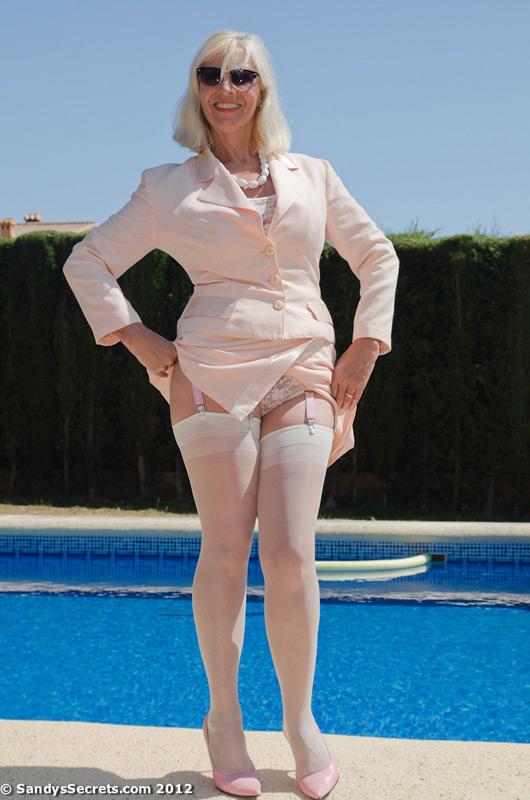 Big ass swimming pool