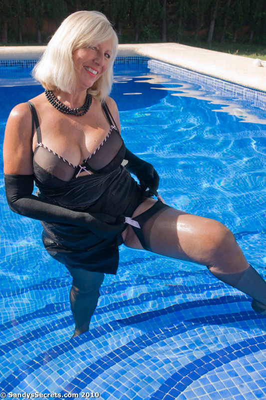paradise inn mature women personals In the category casual encounters sydney you can find more than 1,000 personals ads, eg: women looking for women or men looking  26 younger male for mature woman.