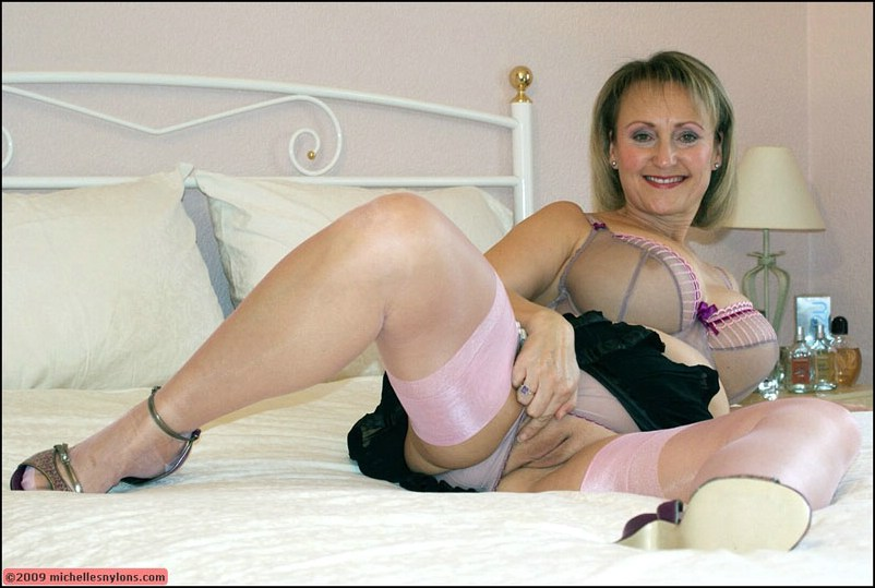 Hot blonde granny tia dreaming of young cock 9