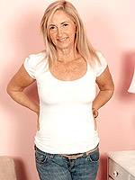 Connie McCoy, Mature