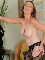 Tamara Fox