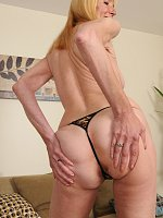 ass blonde close up granny shaved pussy