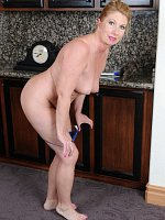 Summer Sands	Horny 53 year old housewife Summer Sands doing naughty housework