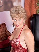 Tracy LicksBlowjob, Cumshot, MatureRed-hot For Cock