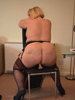 LexieCummings - Cougar-MILF-BBW, Curvy-United Kingdom-Lingerie-High Heels-Feet, Shoes-Threesomes-Sto