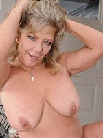 Karen Summer - 51 year old Karen Summer playing with her mature pussy outdoors
