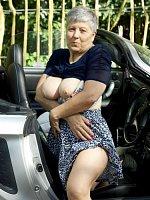 Savana - Granny-Mature-MILF-Big Tits-United Kingdom-BBW, Curvy-Lingerie-High Heels-Striptease-Doggin