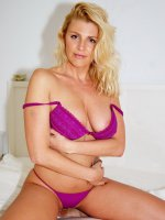 LusciousModels, Sharons Purple Strip, United Kingdom,MILF,High Heels,Striptease,Stockings,Lingerie,L