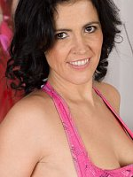 Montse Swinger - Brunette 36 year old Motse Swinger doing some naked stretching