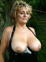 Free mature and big tit porn picture galleries updated daily